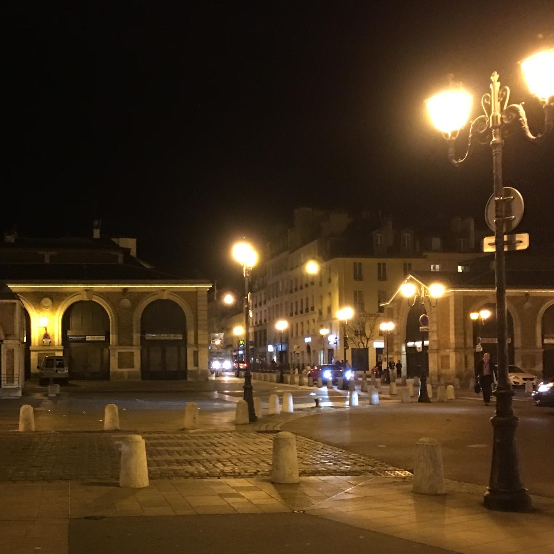 Versailles-carre-notre-dame